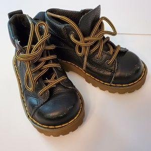 NWOT Toddler 8 Dr.Martens Boots